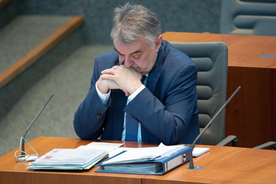 Neue Fälle von Kindesmissbrauch: NRW-Minister Reul ist schockiert
