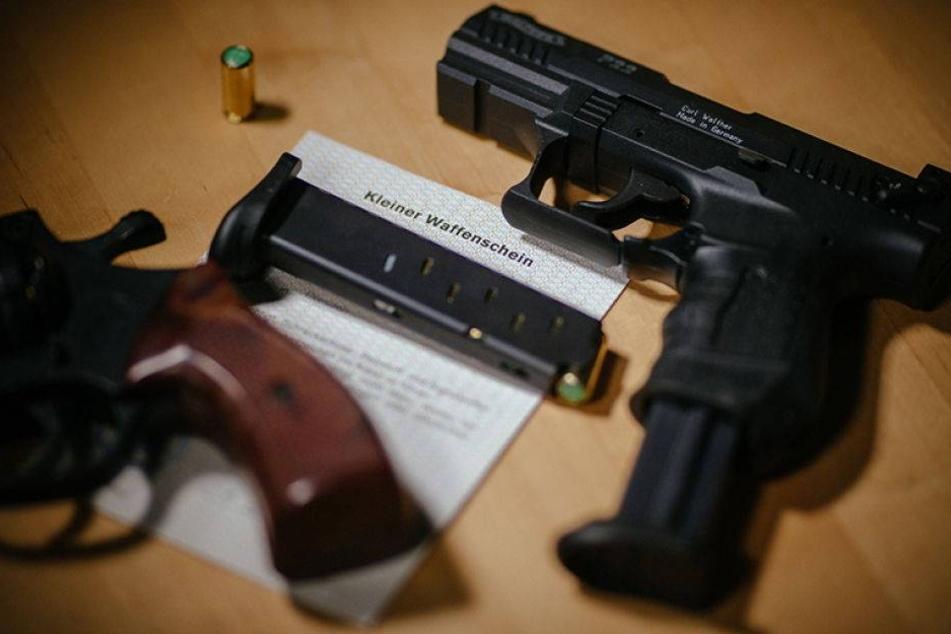 Chemnitzer bewaffnen sich. Schon 4453 Schusswaffen registriert!