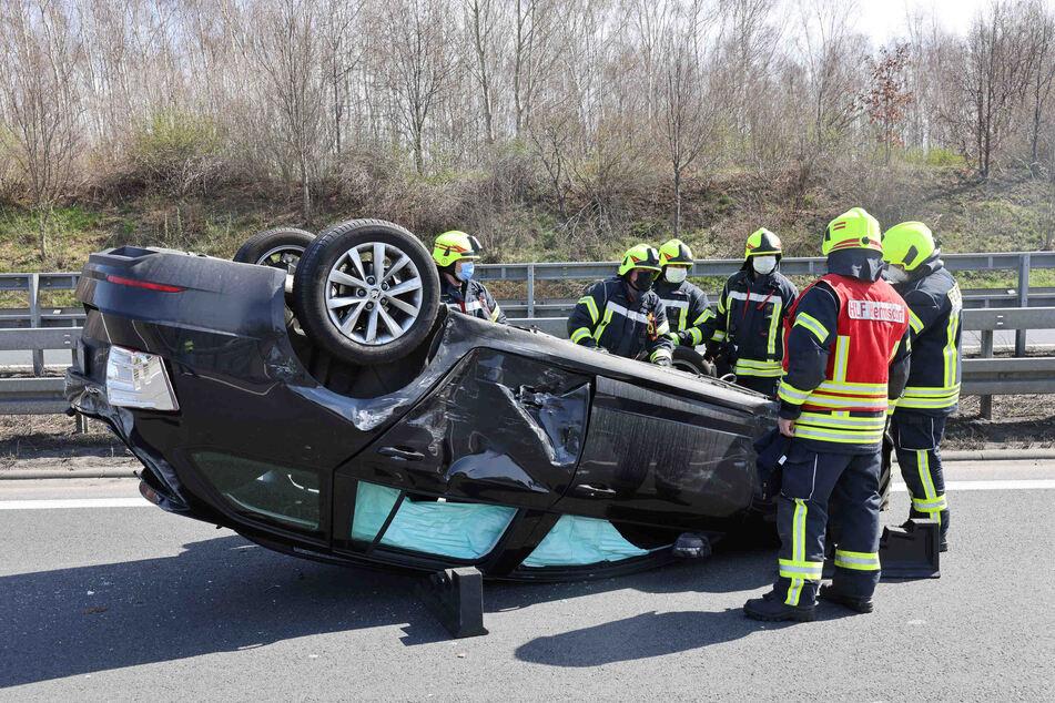 Unfall A4: Unfall auf der A4: Skoda landet auf dem Dach!