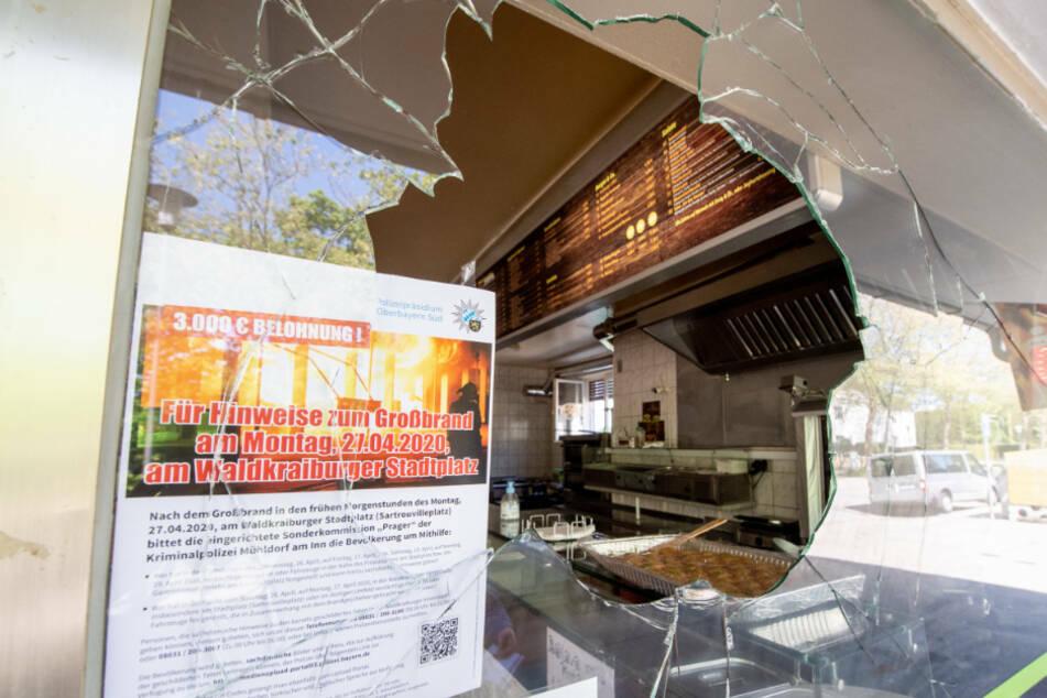 Mehrere Anschläge auf türkische Läden in Waldkraiburg gehen offenbar auf das Konto des Angeklagten. (Archiv)