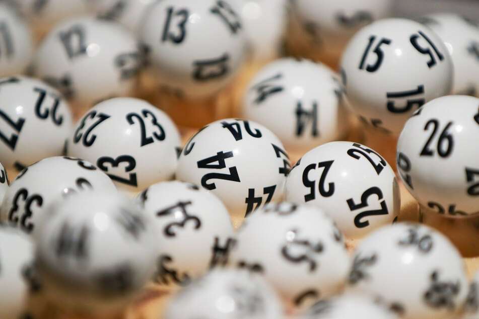Lotto-Irrsinn am Wochenende: Das machte die Ziehung zu einem Jahrhundert-Spektakel