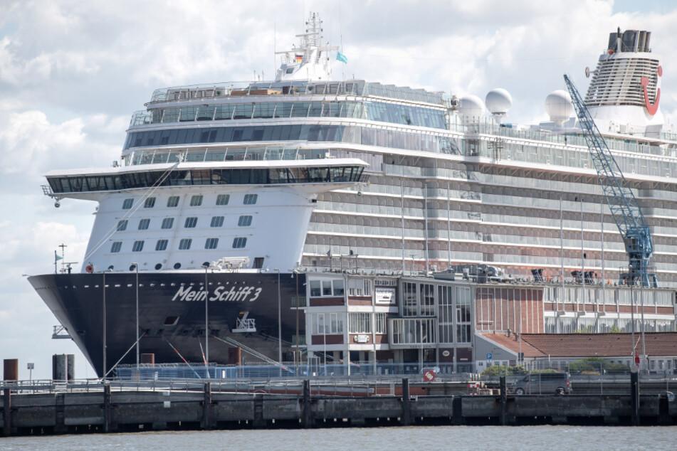 """Corona im Norden: Infizierte """"Mein Schiff""""-Crewmitglieder kommen in Klinik"""